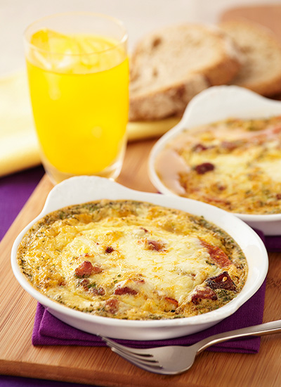 Huevos al horno con tomates asados y chorizo