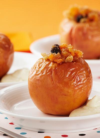 Manzanas al horno rellenas de frutos secos