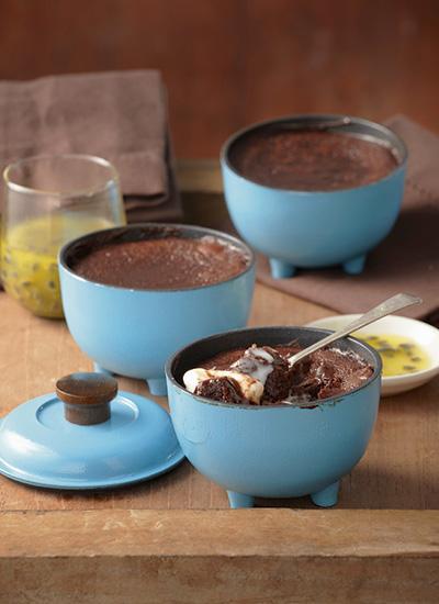 Melcocha de chocolate y miel de granadilla