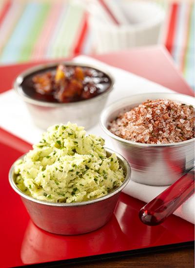 Salsas, aderezos y mantequillas para carnes blancas