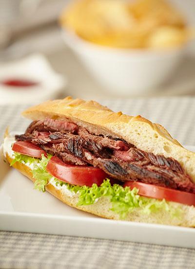 Sándwiches de roast beef