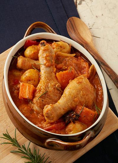 Estofado de pollito de granja y papas