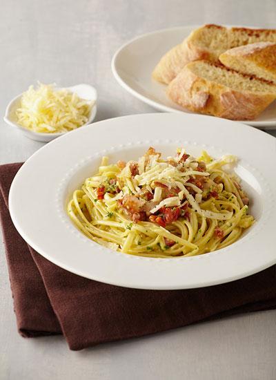Pasta carbonara con chorizo