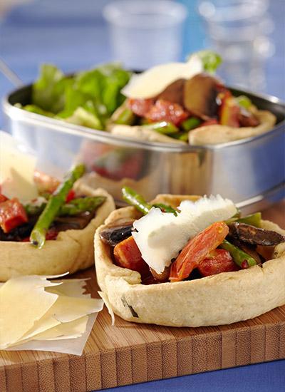 Tartaleta invididual de vegetales y chorizo